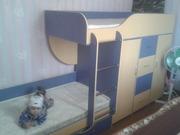 Удобная детская 2-х ярусную кровать